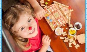 Чем занять ребенка дома – Игры на кухне